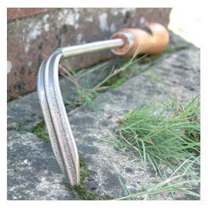Sneeboer Stone Scratcher