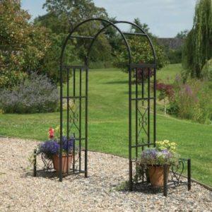 Huntingdon Garden Arch & Planters